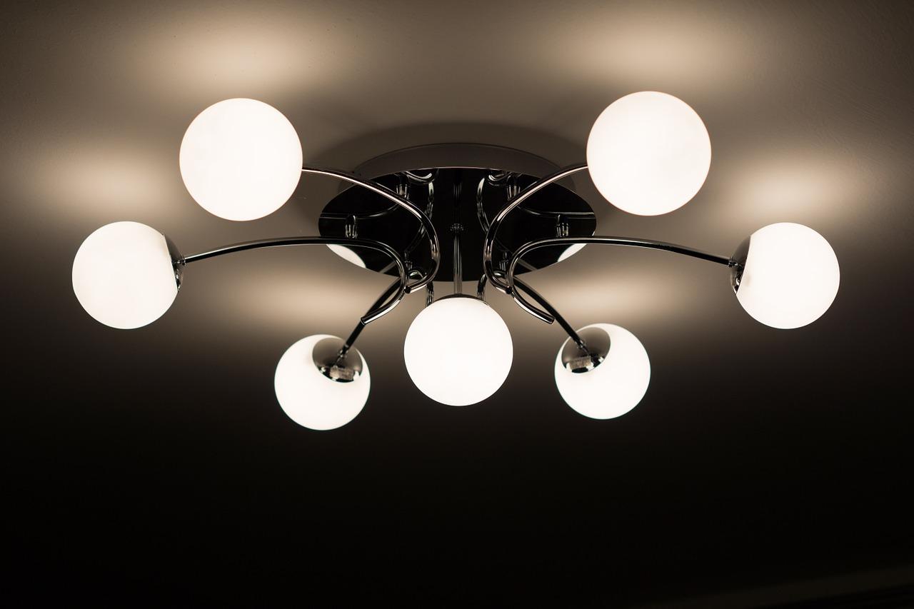 Jak dobrać lampy do kuchni i jadalni?