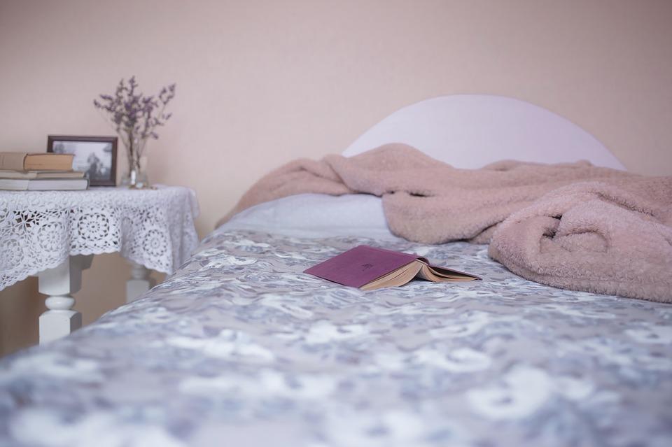 Wymarzone meble do sypialni – jak je wybrać?